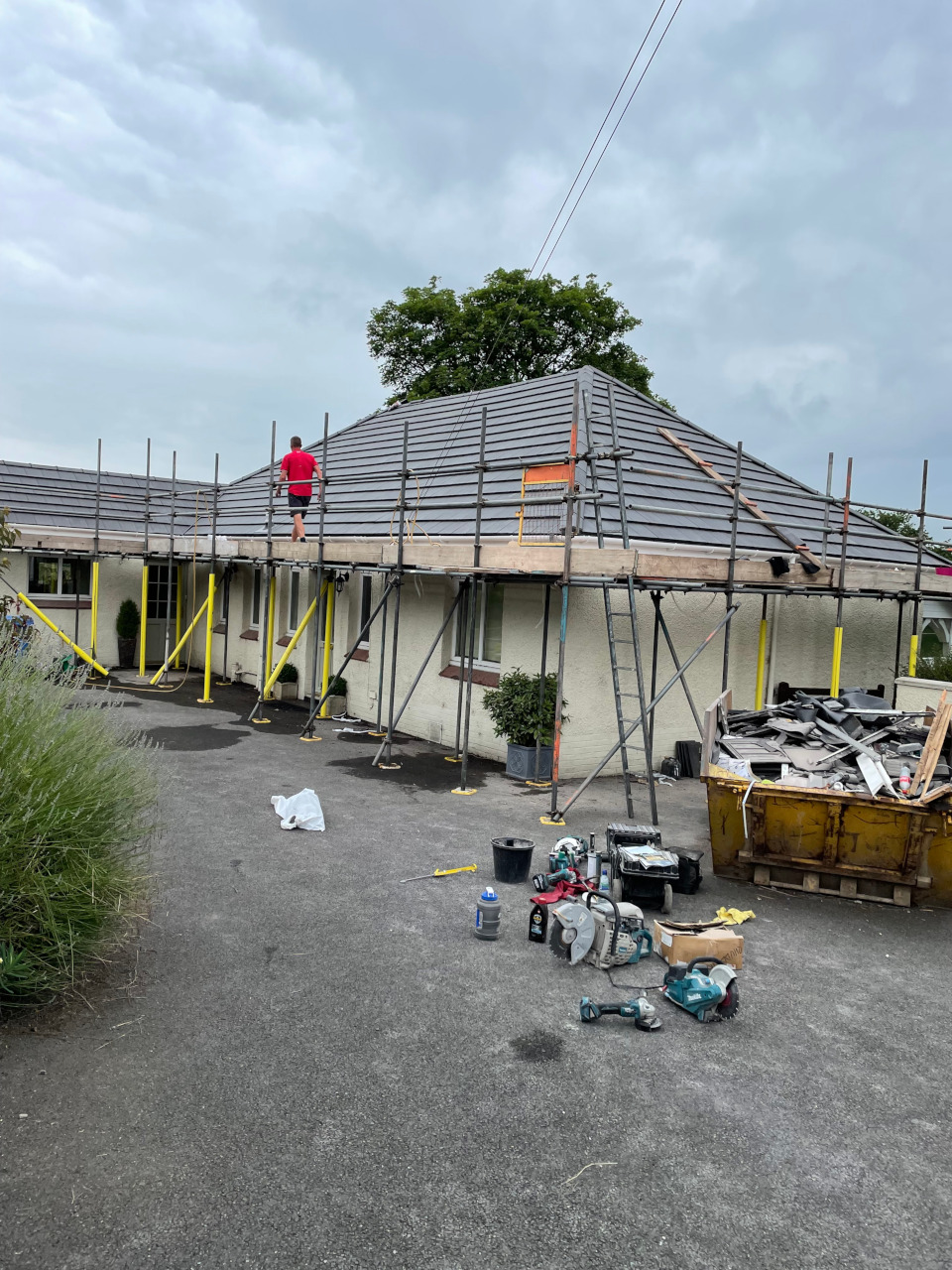 Bungalow re-roof in Porthmdog.